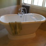 Zamperini bath tub